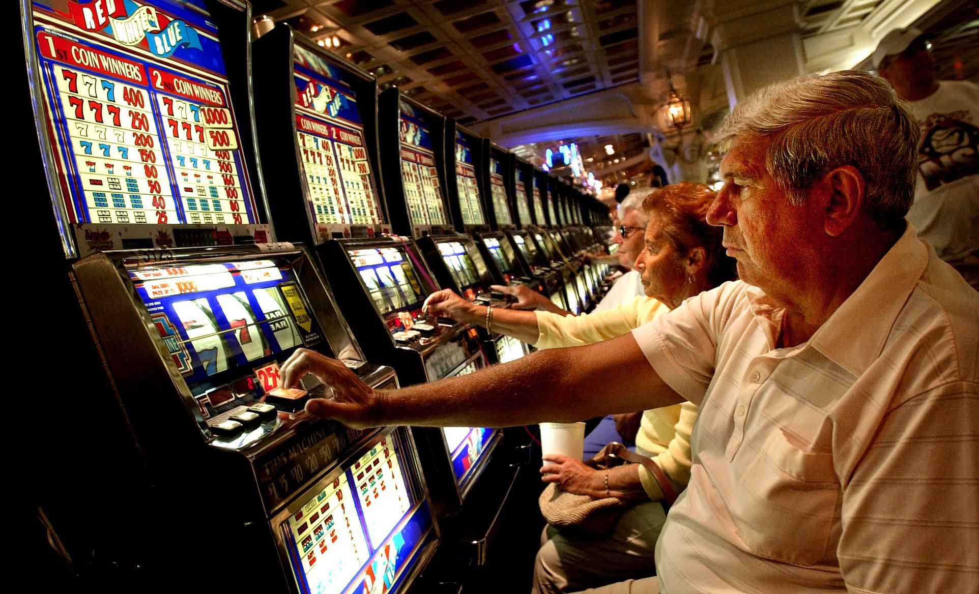 Sensible Techniques To Show Online Gambling Right Into A Gross Sales Machine